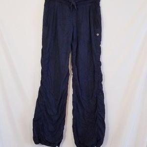 Lululemon pants  Sz 4 Navy  blue